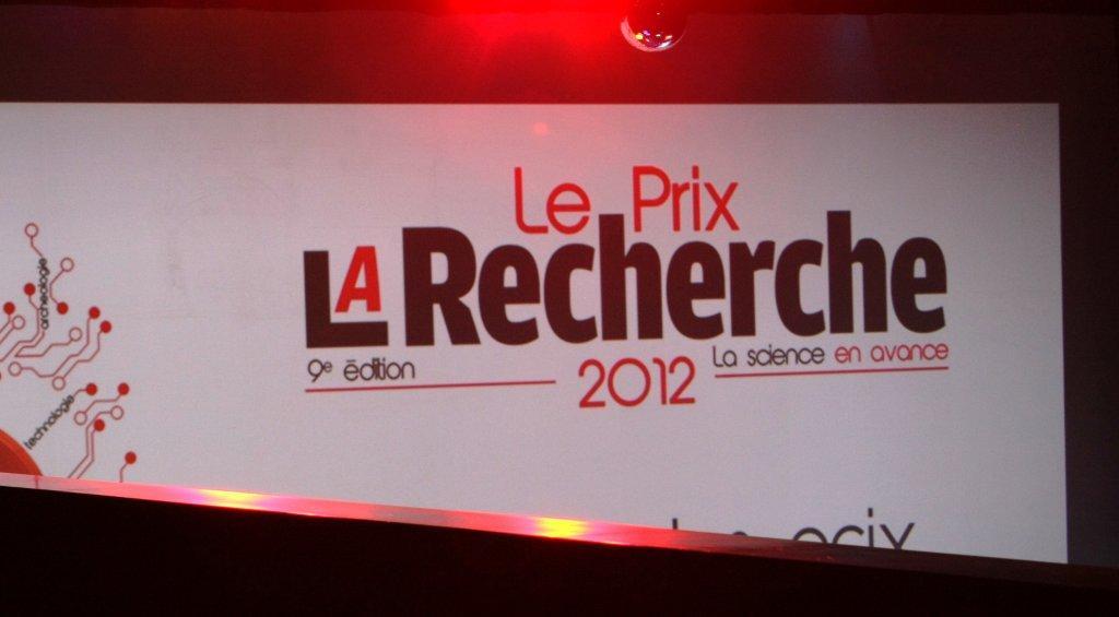 Prix La Recherche 2012 (Chimie) à l'équipe de Thibault Cantat du SIS2M