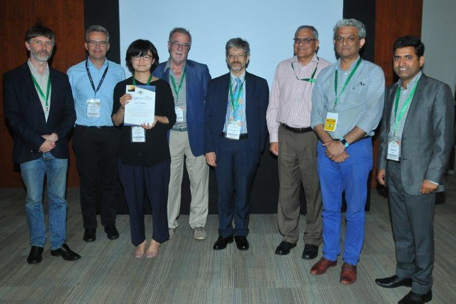 Prix Dragon's Den de l'International Union of Crystallography pour Nami Matsubara