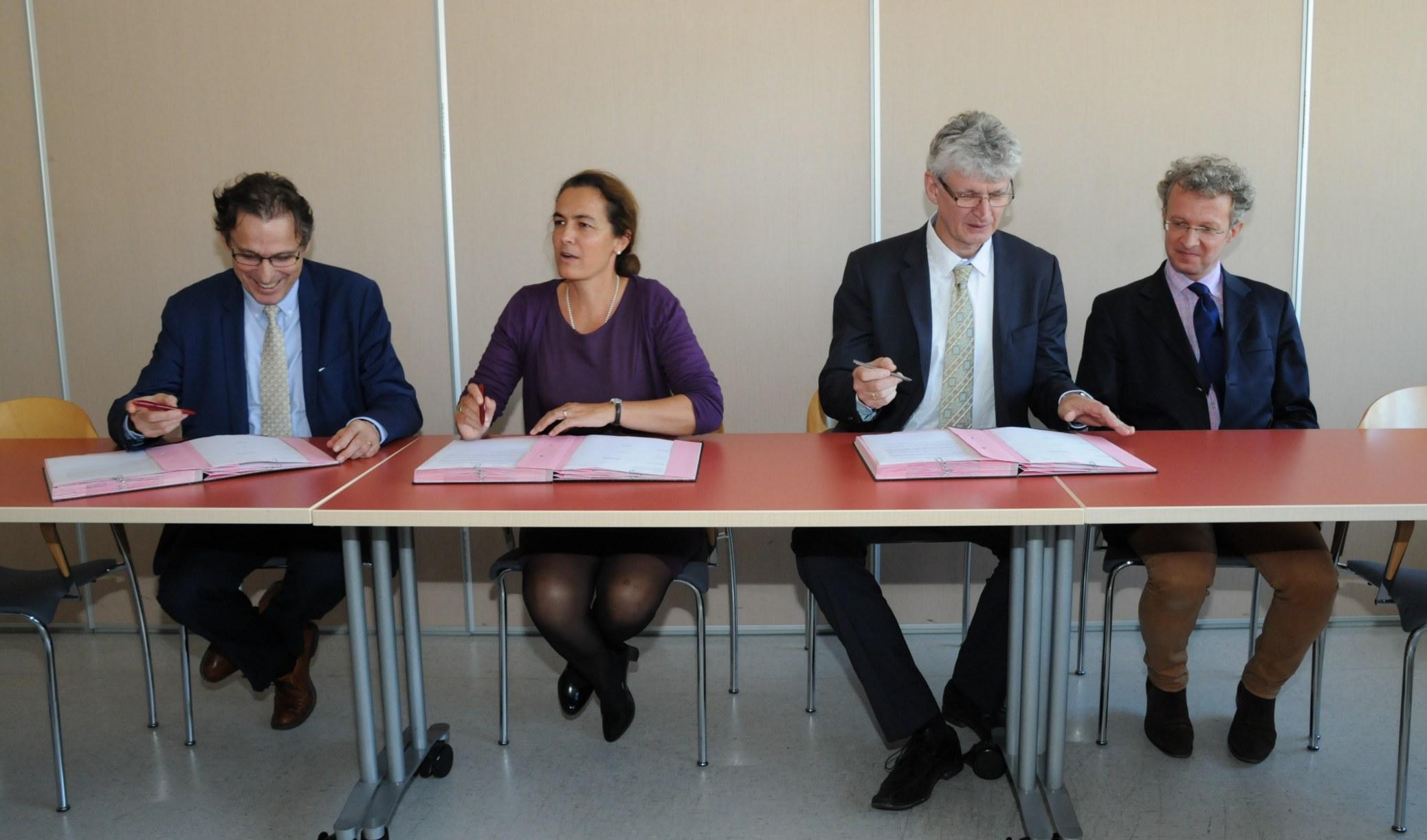 CRG SHARP : contrat signé entre le LLB et l'ILL !