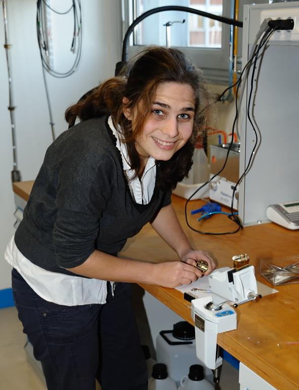 Prix de thèse 2017 du Dept PHOM de l'Université Paris-Saclay à Audrey Bienfait du SPEC