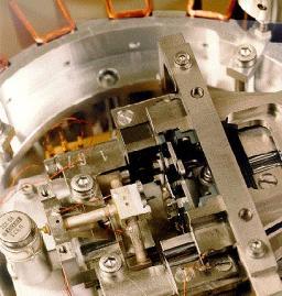 Plateforme 'Imagerie-caractérisation de surface' sous ultra-vide  du SPCSI