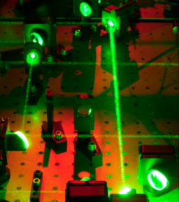 Plateforme laser SLIC (Saclay Laser-matter Interaction Center)