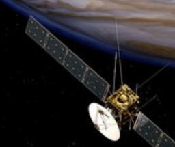 Étude du vieillissement sous irradiation protonique de cellules solaires triple jonction pour les missions spatiales dans l'espace lointain