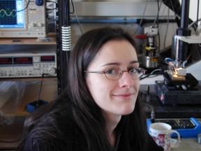Prix M. Lecoq de l'Académie des Sciences à Hélène Lesueur, doctorante du groupe Quantronique du SPEC.